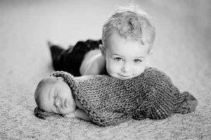 babys-auf-wickeltisch
